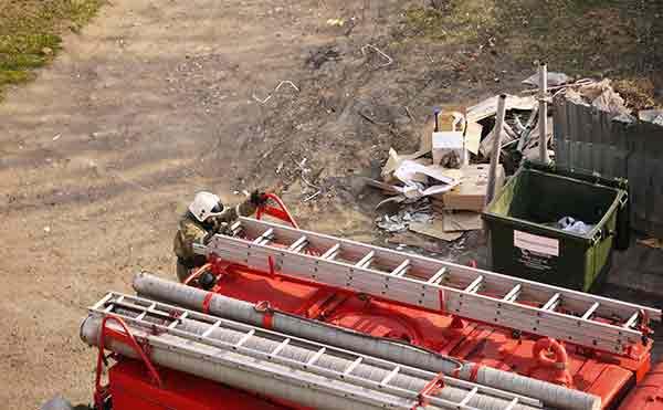 В Кургане горели занавески. На место выезжали все оперативные службы.
