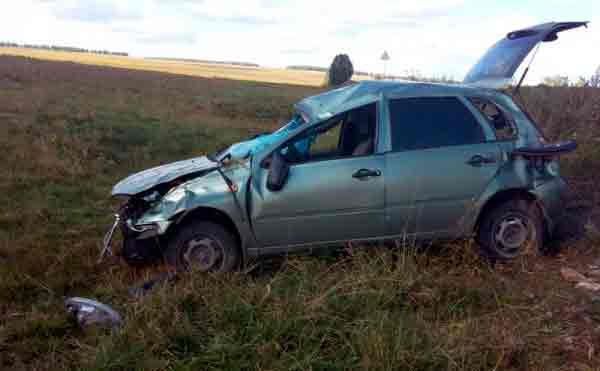В Лебяжьевском районе на трассе погиб водитель «Лада Калина»