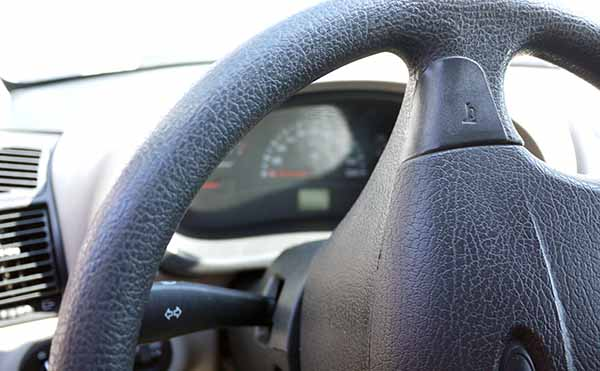 В Кургане автомобиль сбил несовершеннолетнюю девочку