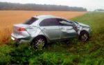 В Далматовском районе во время дождя перевернулся автомобиль