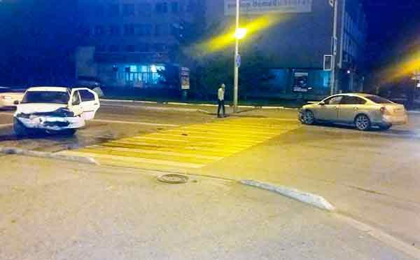 В ДТП в центре Кургана пострадали три девушки