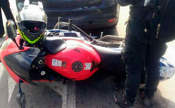 В Кургане аварию мотоцикла и иномарки мог спровоцировать водитель автобуса
