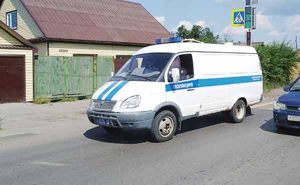 В Шадринске пьяный автомойщик угнал и разбил дорогую машину