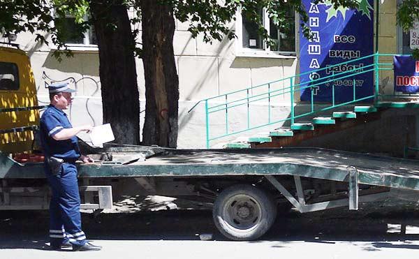 В Кургане должник прятал автомобиль от судебных приставов