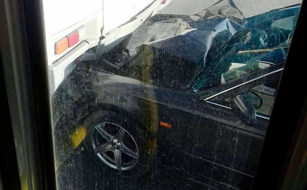 В Кургане иномарка врезалась в пассажирский автобус