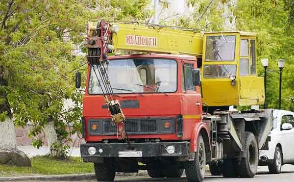 В Кургане снесут 19 самовольно построенных гаражей