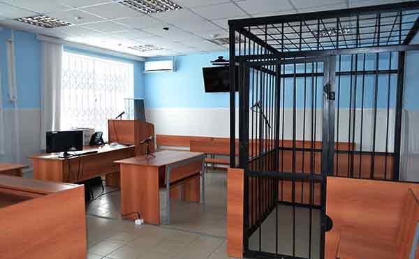 В Кургане за убийство гостя мужчина получил 12 лет строгого режима