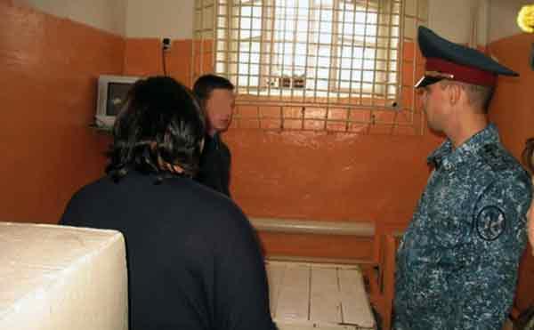 В Шадринске проверили изолятор, где содержатся несовершеннолетние