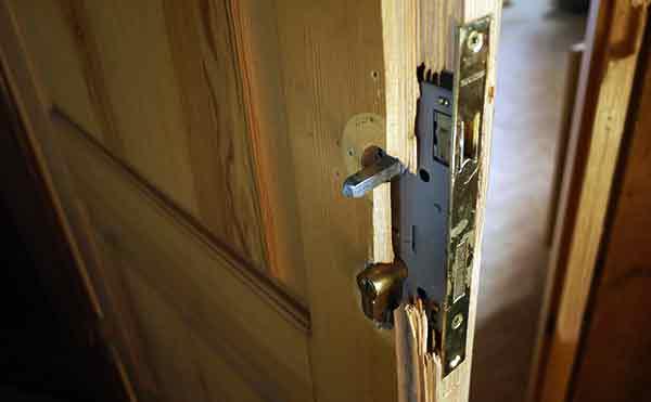 Безработному жителю Курганской области грозит 7 лет за квартирную кражу