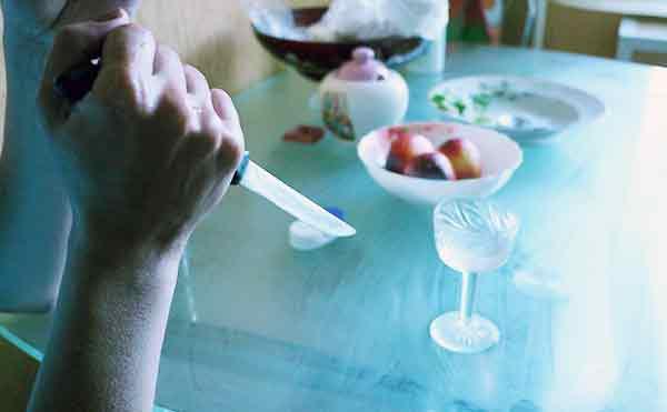 В Целинном районе женщина получила 5,5 лет колонии за нападение с ножом