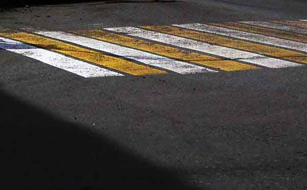 В Кургане на пешеходном переходе ВАЗ насмерть сбил женщину