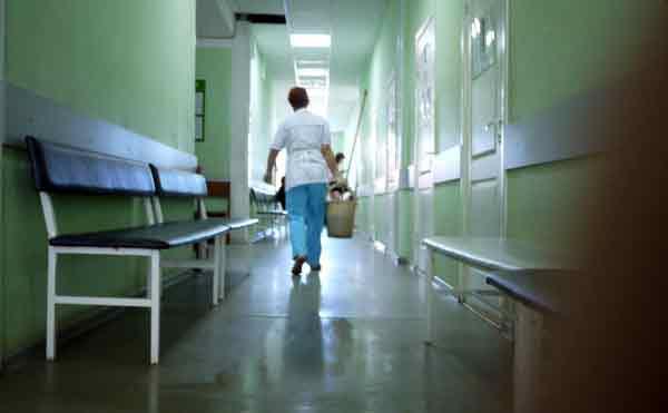 В Зауралье фельдшер райбольницы торговала фиктивными больничными листами