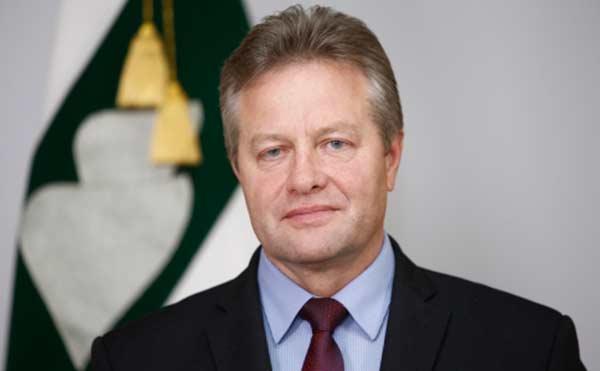 Врио замгубернатора Курганской области Александр Карпов уходит в отставку