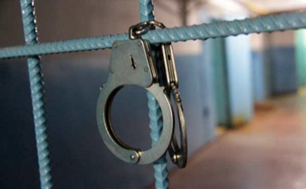 В Кургане предъявлено обвинение трем лже-банкирам, похитившим 250 тысяч рублей