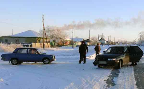 В Курганской области 77-летний пенсионер устроил ДТП на перекрестке