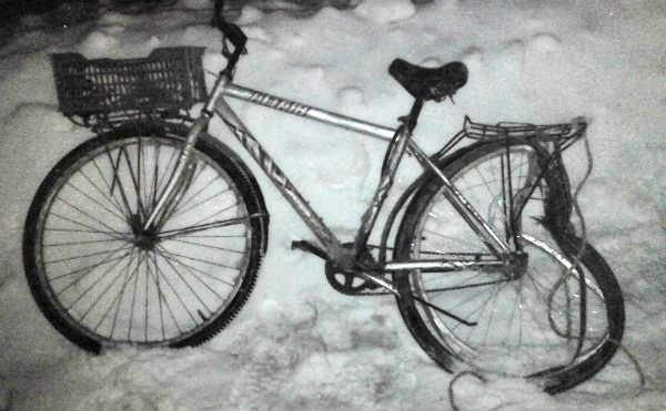 В Шадринске иномарка сбила велосипедиста на зимней дороге
