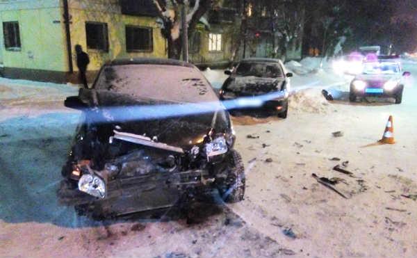 В Шадринске в ДТП на перекрестке пострадала женщина