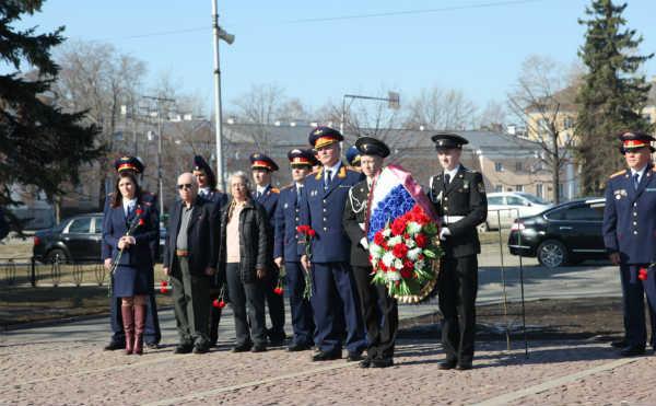 В Петрозаводске прошли торжественные мероприятия в рамках всероссийской патриотической эстафеты «Дорога Памяти», приуроченной к 74-й годовщине Победы в Великой Отечественной войне