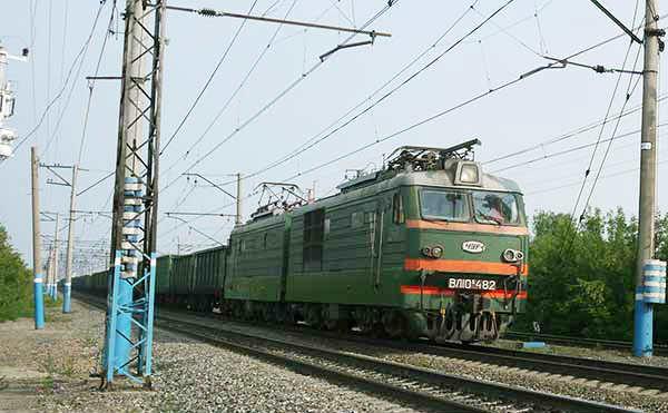 В Кургане 17-летний студент путешествовал на подножке грузового поезда