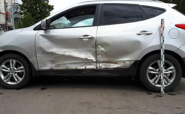 В Кургане автоледи получила травмы в ДТП на Пролетарской