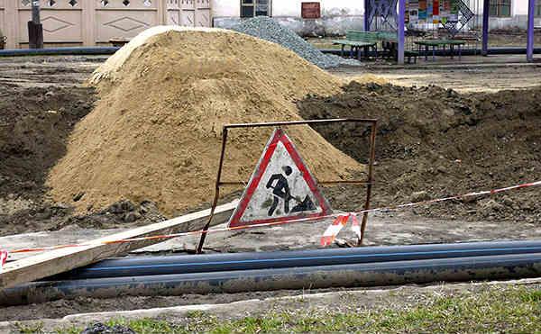 В Кургане на Омской заменят 970 метров канализационных труб
