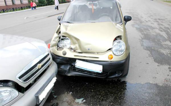 В Кургане в ДТП с участием двух иномарок пострадали четыре человека