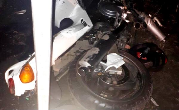 В Курганской области ищут водителя, который сбил мотоцикл и скрылся с места ДТП