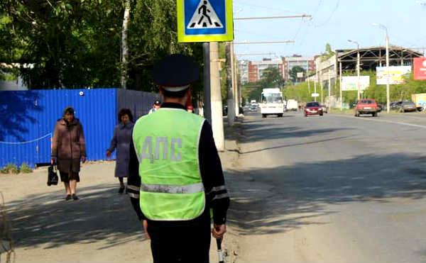 В Курганской области нетрезвый водитель обвинил полицейских в краже денег