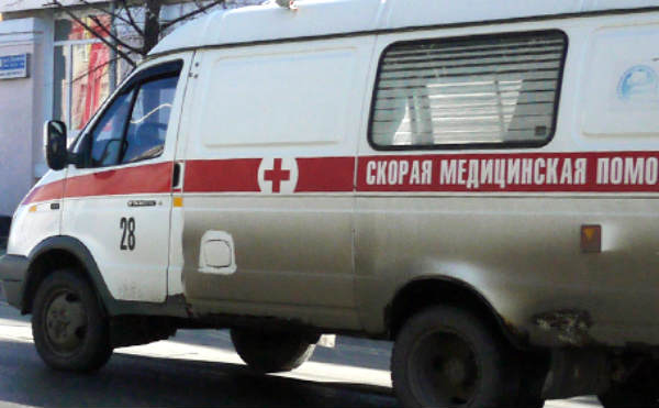 В Половинском районе погиб пенсионер, помогая выталкивать застрявший в песке автомобиль