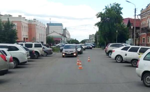 В Шадринске девочка попала под колеса «ЛАДА КАЛИНА» выбежав на дорогу