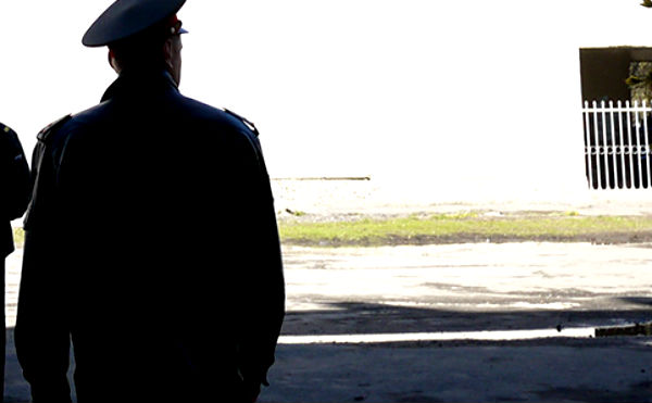 В Курганской области полицейский изуродовал местного жителя