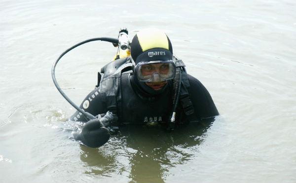 В Курганской области водолазы спасли подростка, утонувшего на диком пляже