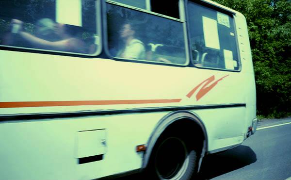 Курганец получит 100 тысяч рублей за падение в автобусе
