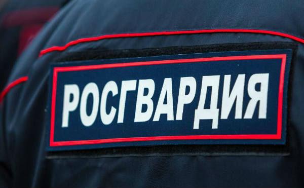 В Шадринске пьяный посетитель кафе напал на правоохранителя
