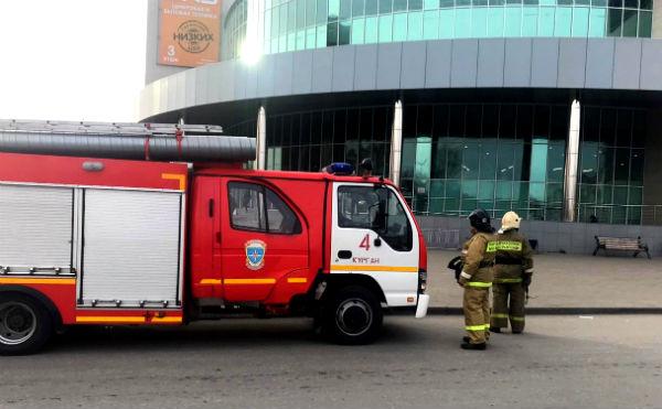 В Кургане из-за ложного срабатывания пожарной сигнализации эвакуировали торговый центр