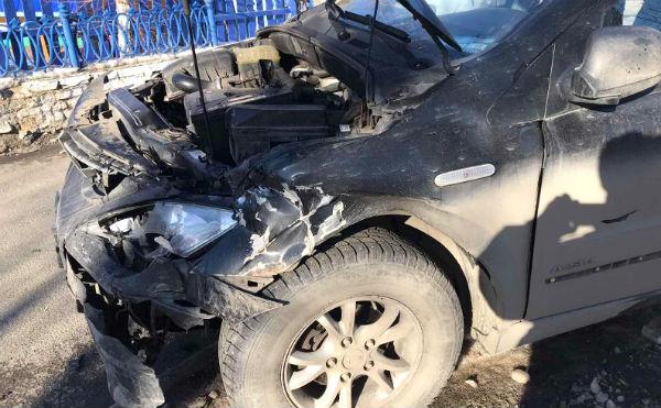В Кургане в аварии на перекрестке пострадала женщина