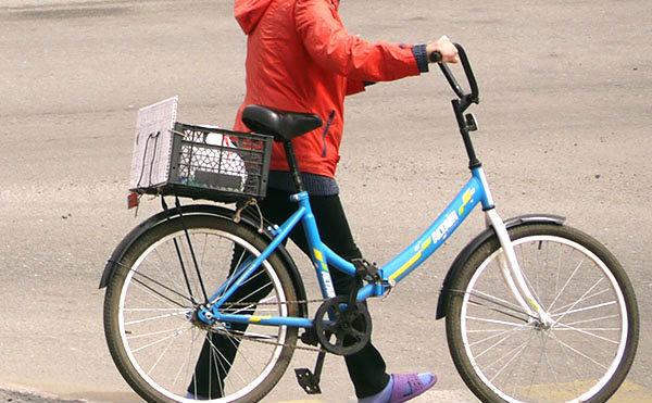 В Курганской области велосипедист нашел телефон и стал фигурантом дела о краже