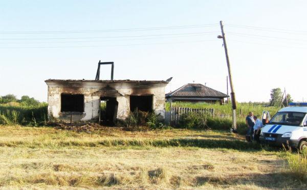 Зауралец из-за обиды спалил сено у собутыльника