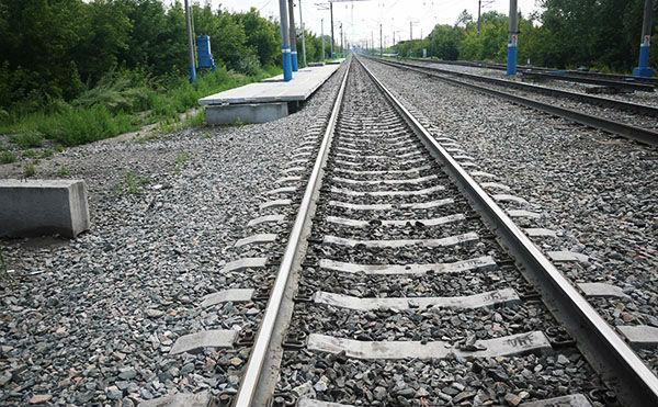 В Кургане пенсионерка выпрыгнула с поезда и сломала ногу