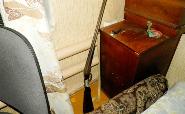 В Курганской области пьяные сельчане «взяли на мушку» электриков